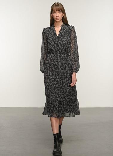 NGSTYLE Ngkaw20El0060 Fırfır Detaylı Desenli Elbise Siyah